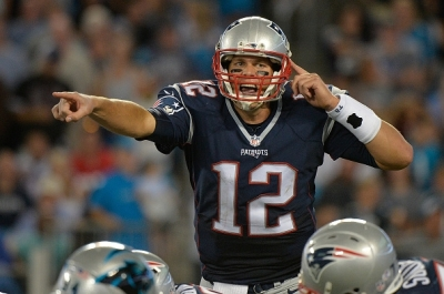 Here is Tom Brady calling an audible. Sometimes life calls an audible for you and you just have to listen. Therefore, we're all like Tom Brady sometimes. Even those of you that hate this amazing man. LOLzzz.